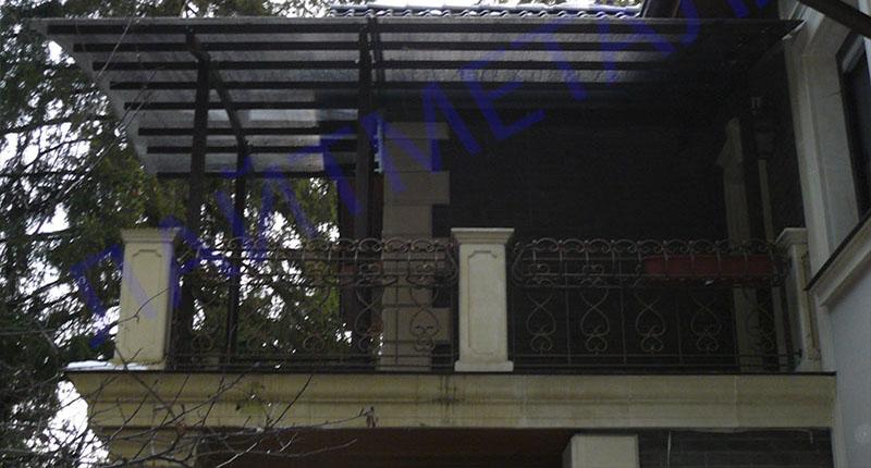 фото навеса на балконе